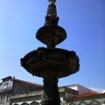Chafariz (Século XVI, da autoria do Canteiro João Lopes ou O Velho) Praça da República