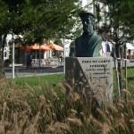 Estatua a Pero Tourinho