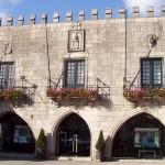Antigos Paços do Concelho. Sec. XV e XVI - Praça da República