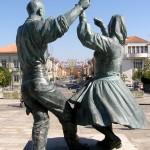 Escultura Homenagem ao Folclore Minhoto