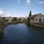 Antiga fábrica dos Puados de Portuzelo. Esta fotografia foi oferecida à Junta de Freguesia da Meadela pelo Sr. Francisco José de Sá Lopes, em 26/03/2009.
